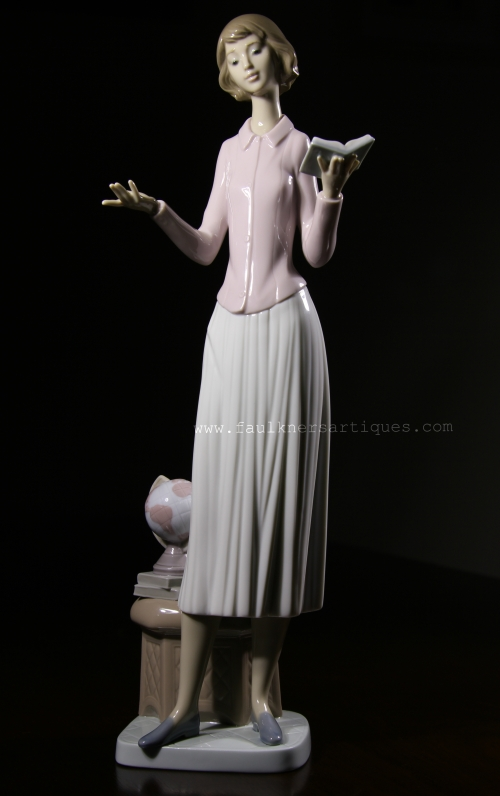 Lladro, #, 6659, Today's Lesson, Teacher, lladro, counting sheep, mold number 6659, faulkner's artiques, Allen antiques, frisco antiques