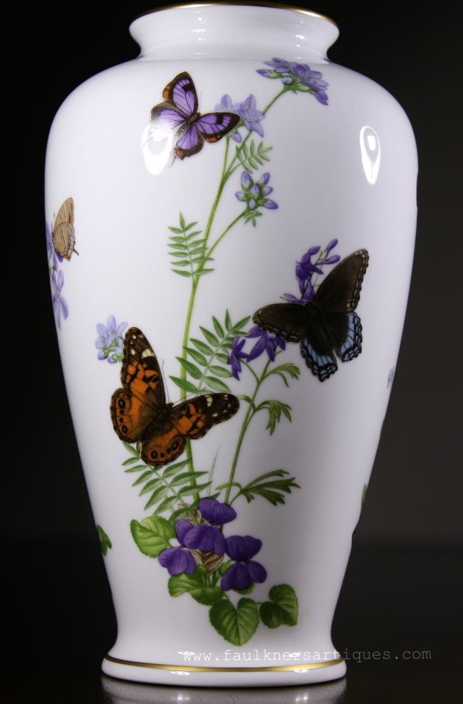Franklin mint, Franklin mint vase, Franklin mint butterfly vase, 1981 butterfly vase, Franklin mint limited edition butterfly vase, Franklin mint meadowland butterfly vase, meadowland vase 1981, John Wilkinson 1981, Faulkner's Artiques, Frisco antiques, Allen antiques