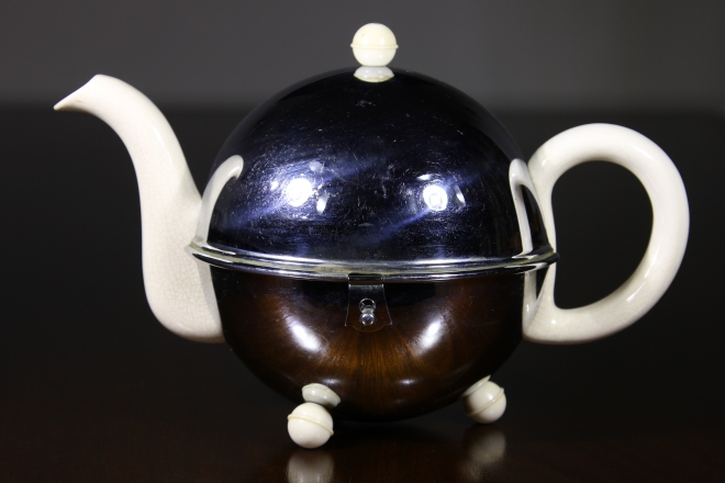 Art Deco China teapot with stainless stewel cover, Art Deco Teapot, British Art Deco Teapot, Antique Art Deco Teapot, Faulkner's artiques, Frisco Antiques, Allen antique mall,