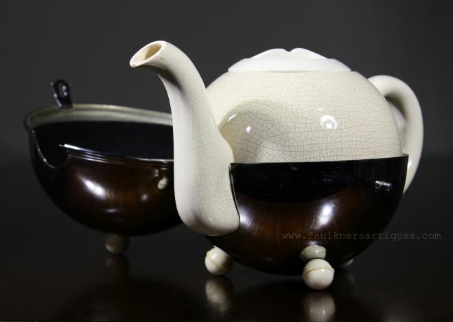 Art Deco China teapot with stainless stewel cover, Art Deco Teapot, British Art Deco Teapot, Antique Art Deco Teapot, Faulkner's artiques, Frisco Antiques, Allen antique mall,